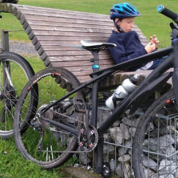 Light kids' bike: 2013 GT Avalanche build